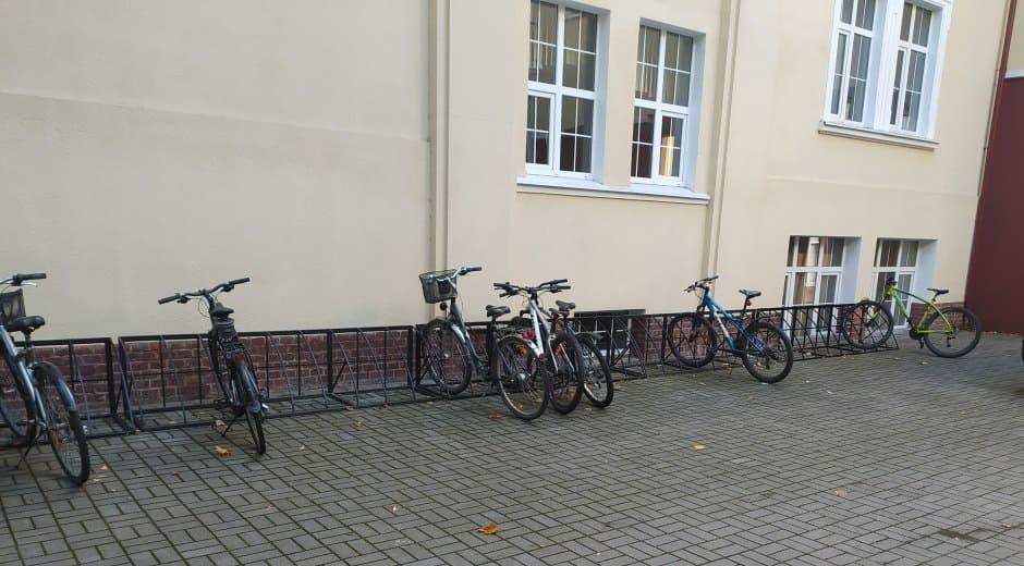 велопарковка лоя школы